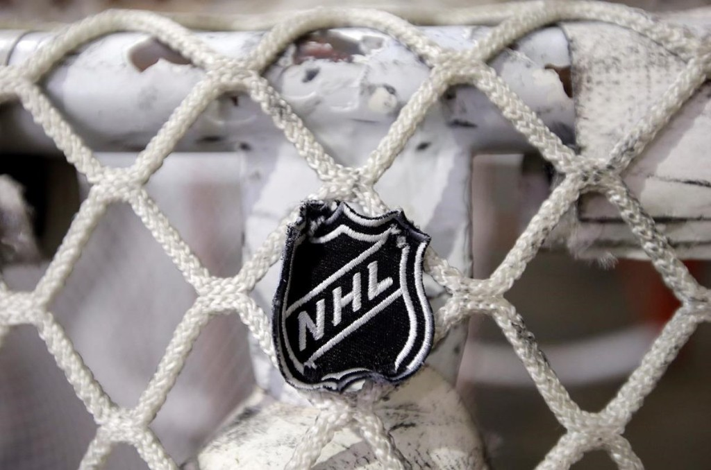 Lawsuit alleges hockey league conspiracy