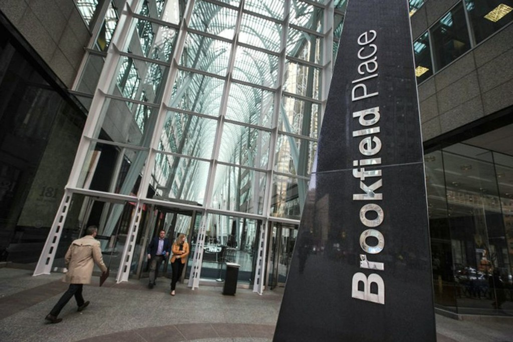 Investors flee Brookfield's new insurance partner as takeover is thwarted