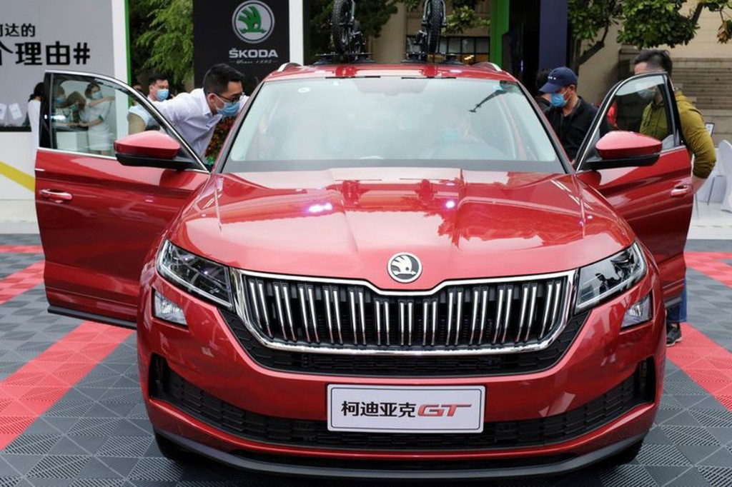 China's June passenger car sales down 6.5 per cent year on year: report