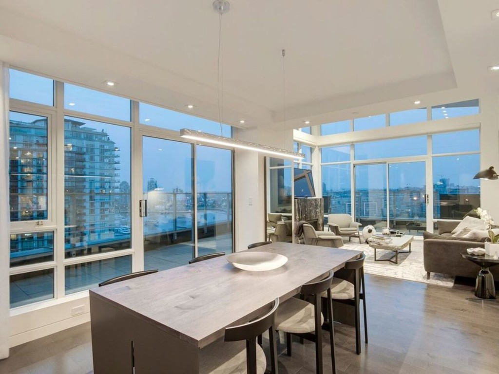Luxury Yaletown condo sells as coronavirus begins to disrupt Vancouver market