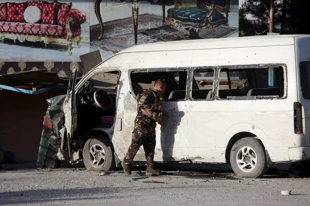 IS claims Afghan bus attack; civilians killed in new clashes