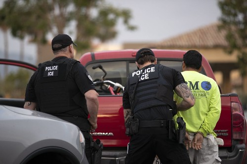 Judge bans U.S. immigration officials from using faulty databases to hold people in custody