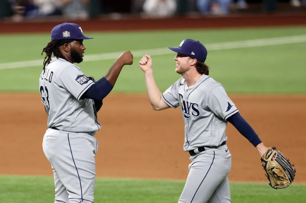 Lowe homers twice as Rays hold off Dodgers 6-4 to even World Series