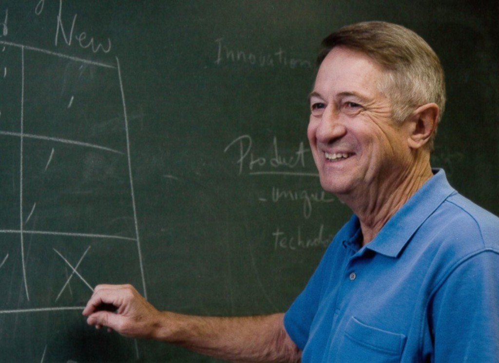 Robert W. Gore, inventor of Gore-Tex fabric, dies at 83