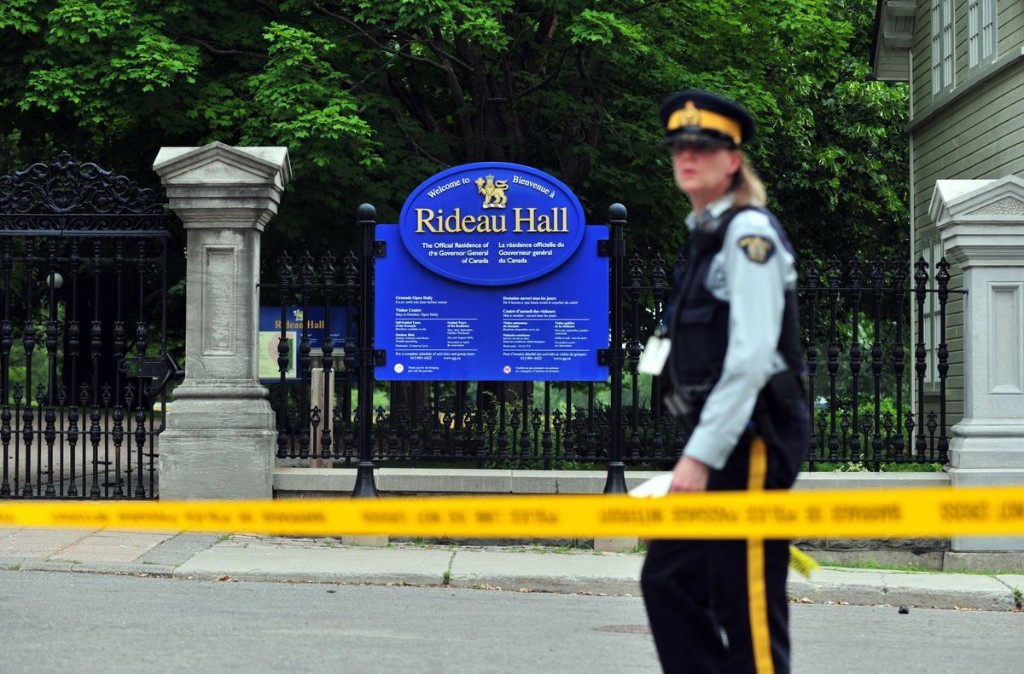 Morning Update: Armed Rideau Hall intruder carried weapons and uttered threat toward Trudeau, RCMP allege