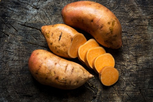 Is there a difference between sweet potatoes and yams?