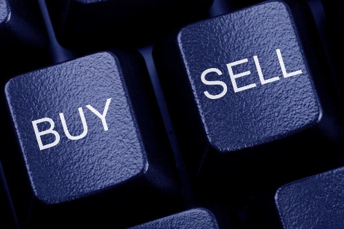 Not all online brokers are friendly to investors holding cash