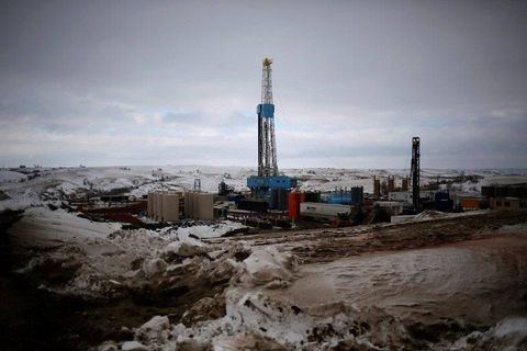 Flood of global oil hints at more weakness in energy markets