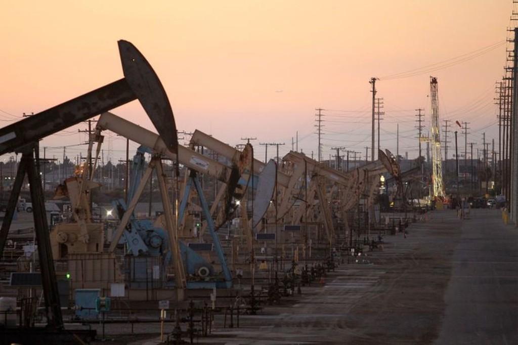 U.S. crude stockpiles dip, gasoline builds amid weak fuel demand: EIA