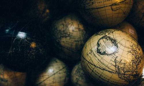 學校歷史總教我們是哪國人,卻沒教我們認知自己其實是地球人