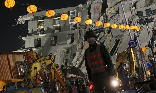 台灣媒體如何推動國民的「弱智化」:關心強震有必要塞滿重複和無急迫性的報導嗎? - The News Lens 關鍵評論網
