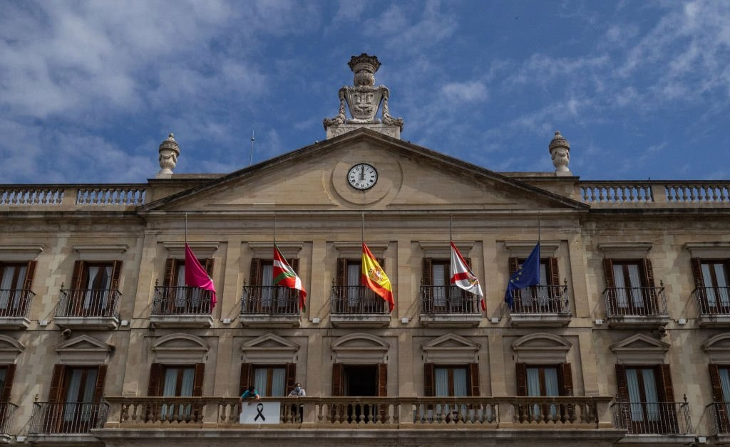 Spain Declares 10-Day Mourning Period to Pay Tribute to the Nearly 27,000 Lives Lost to COVID-19