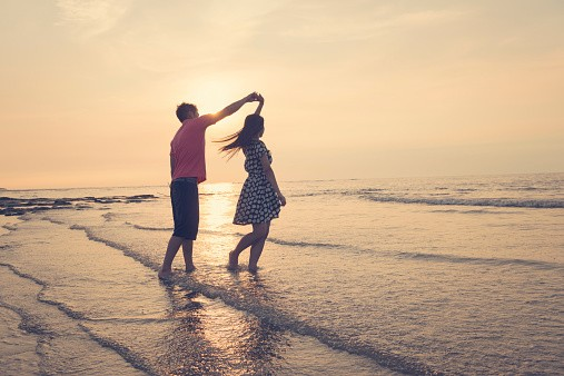 5 Shortcuts To Bonding Deeply With a Romantic Partner