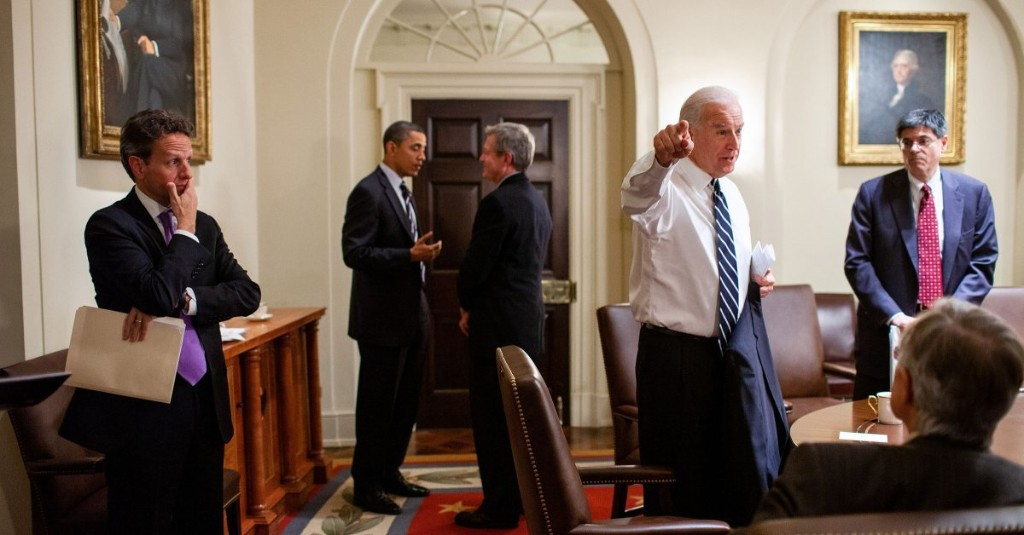 What Would a Biden Presidency Look Like? Obama's White House Photographer Picks Six Photos That Offer Clues