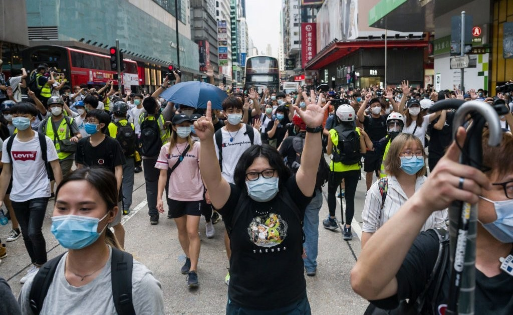 Mixed Response in Hong Kong to U.S. Announcement on Autonomy