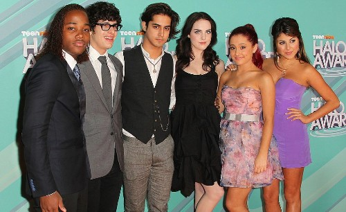 Ariana Grande's 'Victorious' Zoom Reunion Is What Nostalgic Dreams Are Made of
