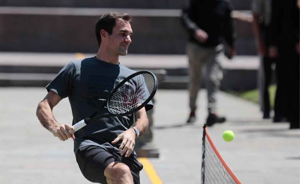 Take A Swing At The Roger Federer Challenge On Social Media