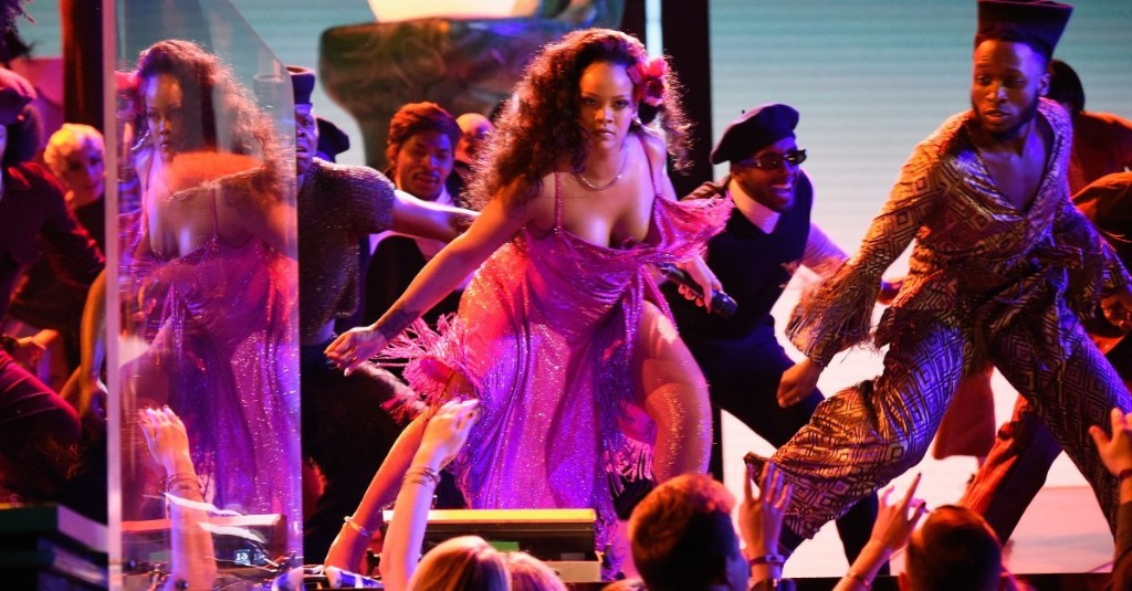 Rihanna's Dance Moves at the Grammys Are the Latest Internet Sensation