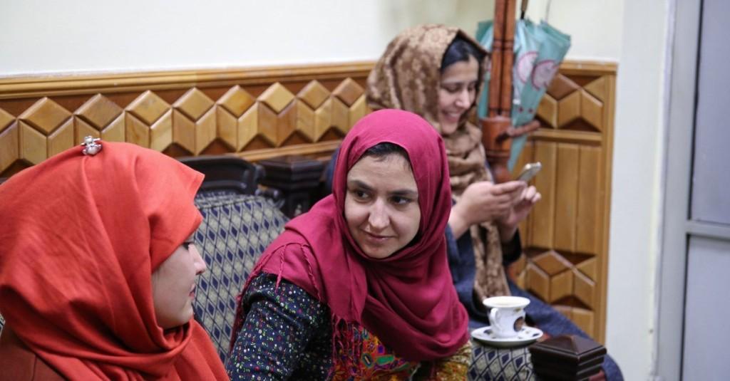 Inside the Poetry Societies Helping Afghan Women Find Community