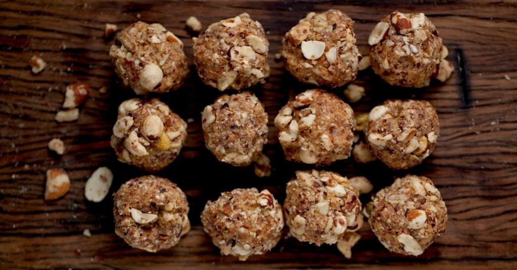 Weekend Recipe: Peanut Butter Protein Balls That'll Fuel Your Workouts