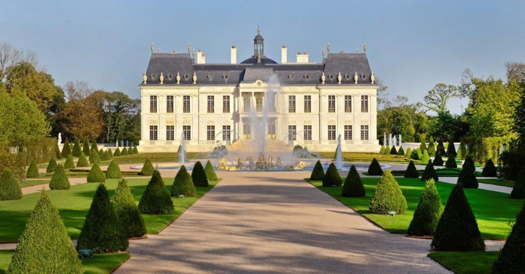 This Is Now the World's Most Expensive Home