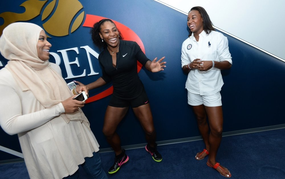 Serena Williams Casually Hangs Out With Simone Manuel and Ibtihaj Muhammad at U.S. Open