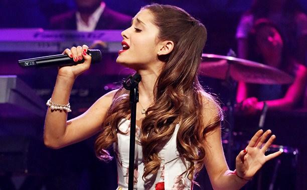 Ariana Grande to perform at the 2014 MTV VMAs