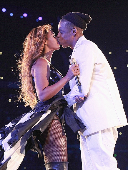 Beyoncé & Jay Z Renew Their Vows – and Go House Hunting in Paris