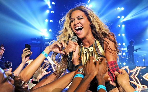 Beyonce, Eminem, and Iggy Azalea lead MTV Video Music Awards nominations