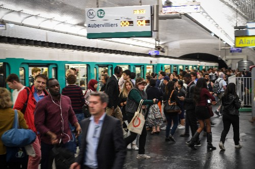 Pickpocketing has skyrocketed in Paris over the past year —here's how to avoid it