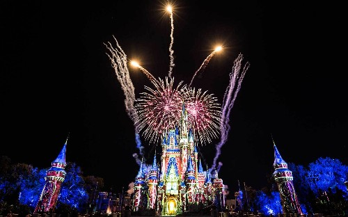 The special reason you should get to Magic Kingdom before it opens (and stay after close)