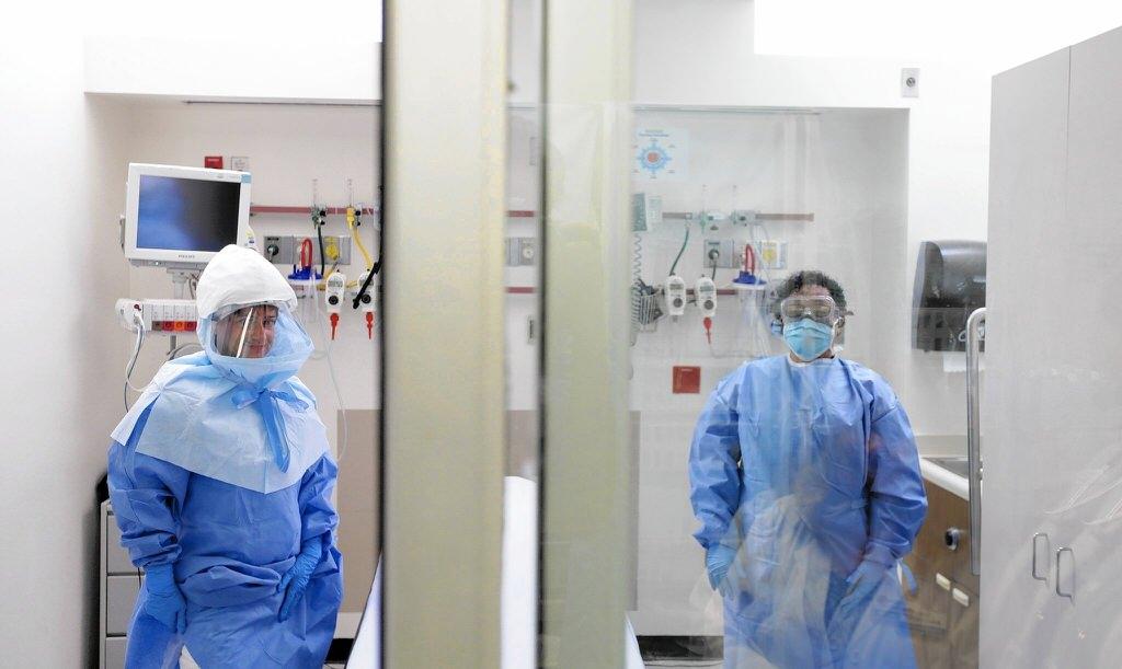 Ebola - обложка