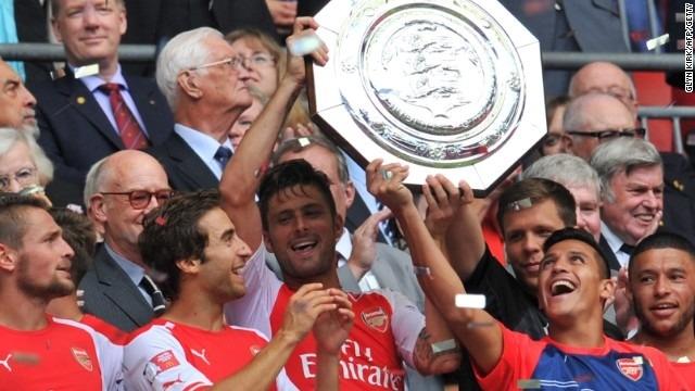 Arsenal clinches first English silverware at Wembley