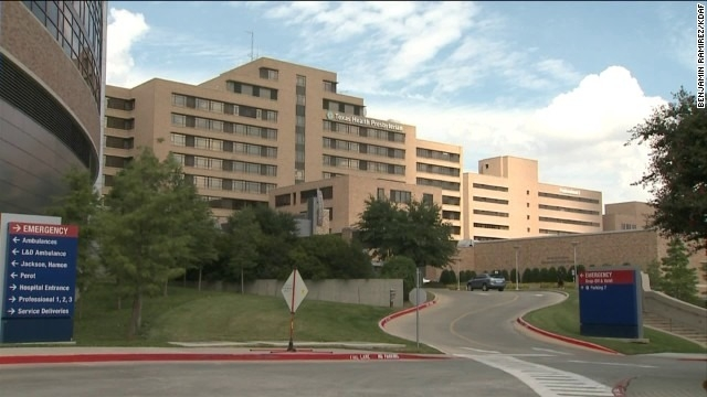 Texas nurse who had worn protective gear tests positive for Ebola