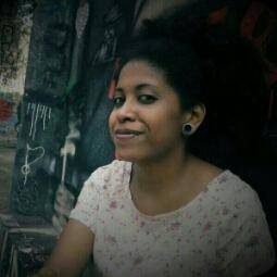 Avatar - Carolina Araujo
