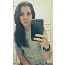 Vitória Luz Moura de Melo - cover