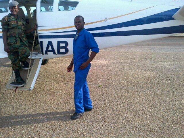 Mpund umwaba At African Explosives - cover