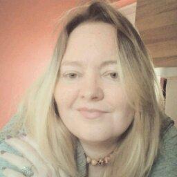 Avatar - Janine Moore