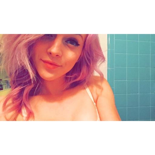 Avatar - Hailey Weaver