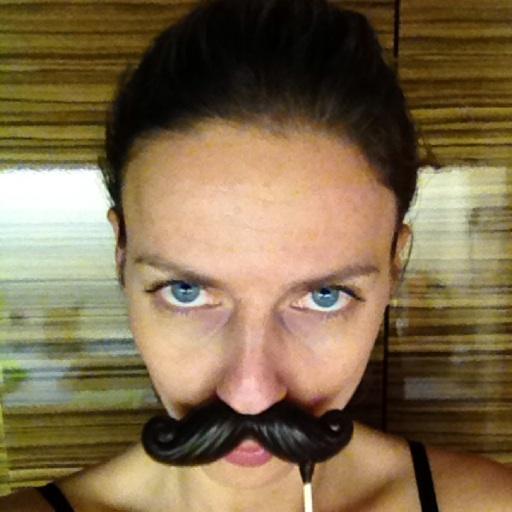 Avatar - Laura Novotny