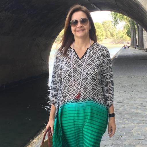 Avatar - Samira Campos Fashion Journalist