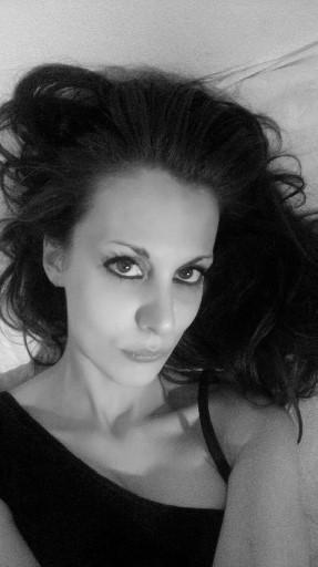 Maria Elena Aureli - cover
