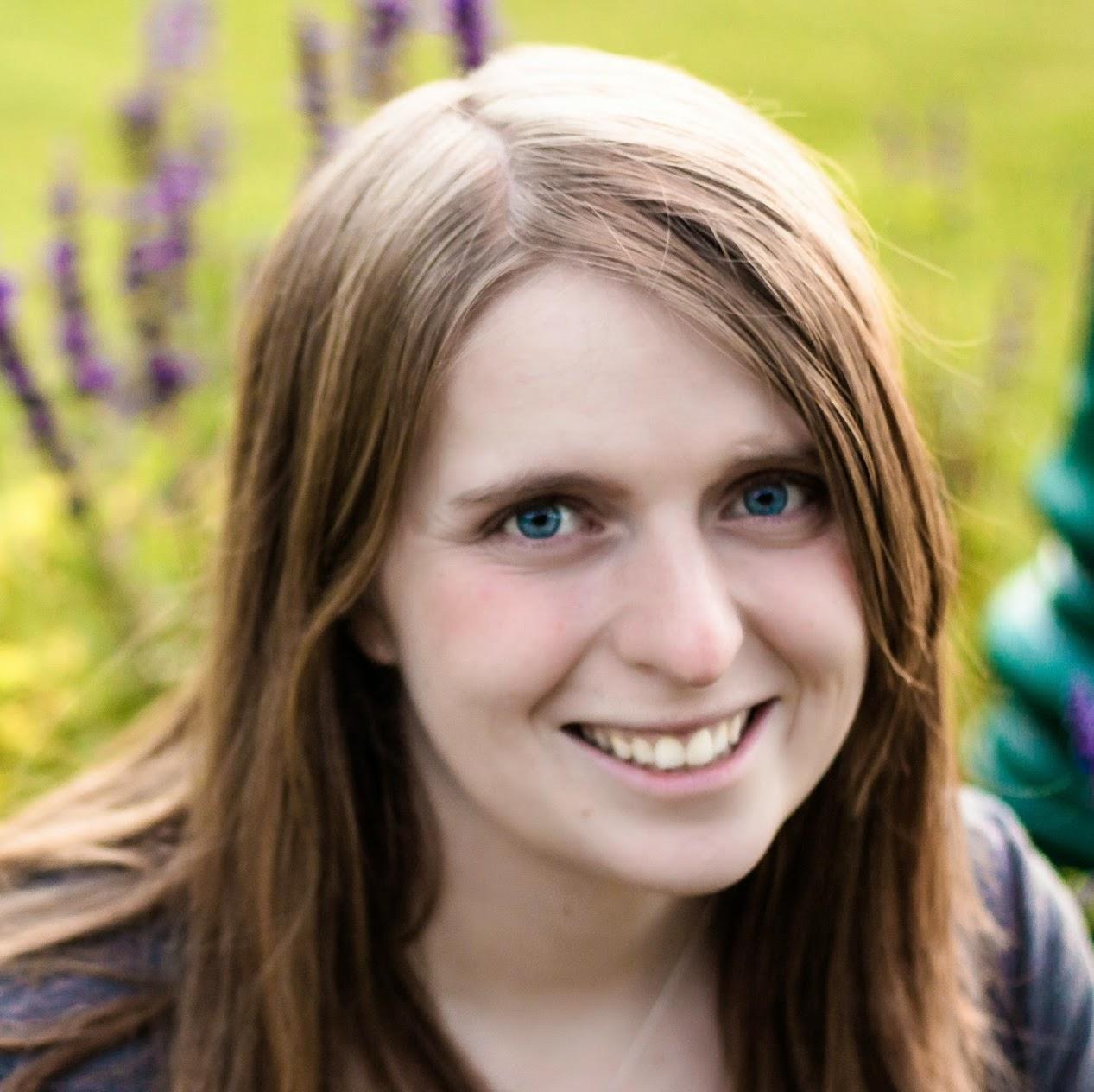 Avatar - Katie Clark | Clarks Condensed