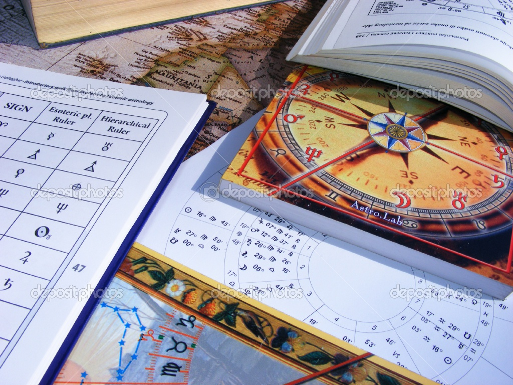 Astrologia y Tarot - Magazine cover