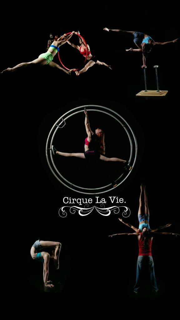Cirque La Vie.  - Magazine cover