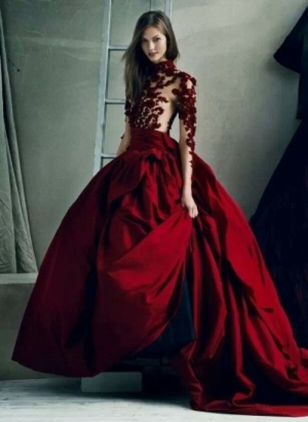 Φορεματα - Magazine cover