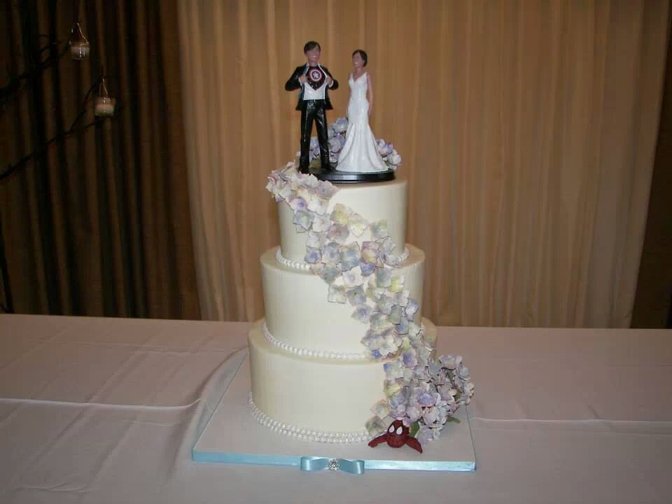 Cake Girlz Bakery -  www.cakegirlz.com  - Magazine cover