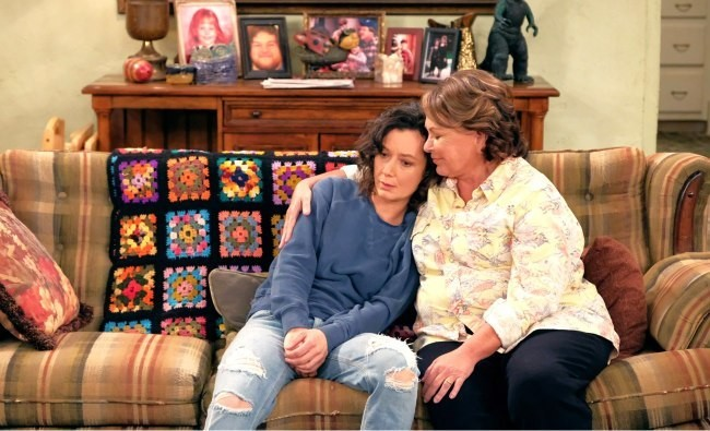 Roseanne Barr Compares Sara Gilbert To Hannibal Lecter And Blames Her For Destroying 'My Life'