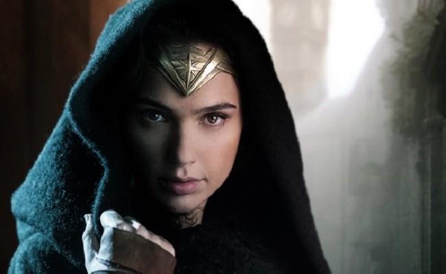 'Wonder Woman' Set Footage Of Gal Gadot And Chris Pine Has Leaked