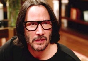 Keanu Reeves Is Being Praised For The 'Respectful' Way He Takes Photos With Female Fans